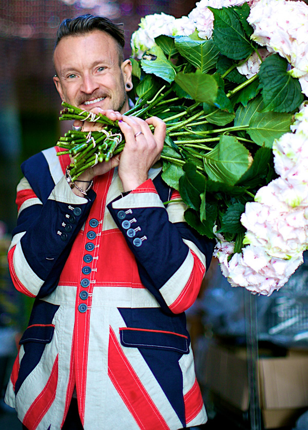 Simon Lycett with flowers